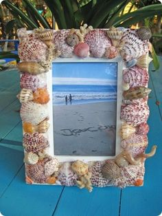 Shell picture frame...I love anything that has to do with the beach!!