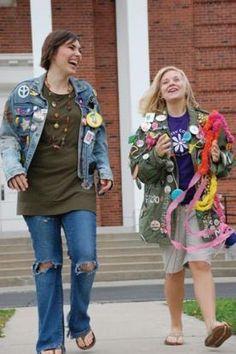 2 students walking outside