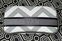 Gray Chevron Zig Zag with Black Acccents Baby Wipes Case for BOY Grey Wipe Holder with Name in Rhinestuds Baby Wipe Case, Wipes Case, Baby Boy Baptism, Baby Baby, Baby Tumblr, Diaper Clutch, Trendy Baby Clothes, Grey Chevron, Tutus