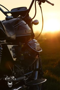 paris /France Paris France, Graphic Design Lessons, Riders On The Storm, Dream Machine, Moto Guzzi, Photo Contest, Bobber, Chopper, Cars And Motorcycles