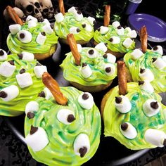 Witches Brew Cupcakes Recipe...creepy cupcakes for your Halloween party!