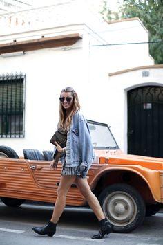 fashion-moda-mehari-denia-iro-jumpsuit-playsuit-botas-camperas-bolso-jw-anderson-denim-cazadora-vaquera-jackets-ankle-boots-bartabac-blog-fashion-silvia_-10