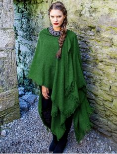 The Lambswool Celtic Ruana Wrap will turn heads this season. This Irish Ruana can be styled in many ways and is a one of a kind item! Buy this stunning lambswool Ruana today from the Aran Sweater Market , the famous original since Capes, Larp, Hurley, Celtic Clothing, Ruana Wrap, Irish Fashion, Ethnic Fashion, My Champion, Wool Cape