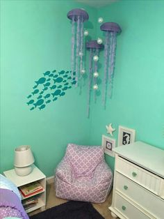 This would be an adorable kids room. Beach, ocean, under the sea