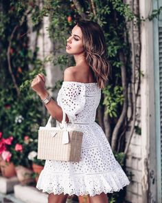 """4,113 Likes, 20 Comments - Annabelle Fleur (@vivaluxuryblog) on Instagram: """"Little white lace ❤️ / @rebeccataylornyc dress click on profile link for complete #ootd details…"""""""