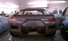 The Little Lambo hiney....and the project I'll be flying out to California to work my leather magic on. Way Cool!