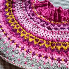 Ravelry: ClaraSofia's Damejakka Loppa Knitting Patterns Free, Free Knitting, Crochet Tops, Knit Crochet, Knit Stranded, Norwegian Knitting, Nordic Sweater, Fair Isle Pattern, Ravelry