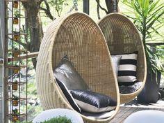 Fauteuils en rotin pour le jardin : http://www.maison-deco.com/jardin/deco-jardin/Des-meubles-de-jardin-special-sieste