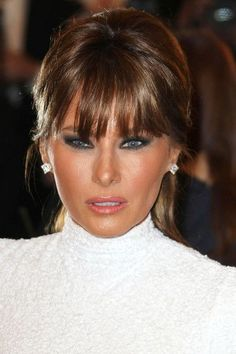 Melania Trump will be a beautiful, elegant, classy, smart First Lady, it sure will be nice to have that for a change . This was posted by a Trump supporter! I wouldn't call this golddigging faker beautiful. Trump Melania, Melania Knauss Trump, First Lady Melania Trump, Milania Trump Style, Donald Trump, Trump Photo, Malania Trump, Donald And Melania, Ivanka Trump