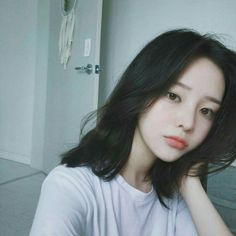 Read GİRLS ♂ Son Hwa Min from the story ♣ ULZZANG ♣ by jeon_deuk (�) with 278 reads. Ulzzang Short Hair, Korean Short Hair, Ulzzang Korean Girl, Cute Korean Girl, Asian Girl, Short Hair Korea, Korean Bob, Ulzzang Girl Selca, Ulzzang Hairstyle