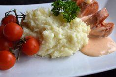 Potatis- & blomkålsmos och ugnsstekt falukorv Risotto, Mashed Potatoes, Diet, Ethnic Recipes, Food, Whipped Potatoes, Smash Potatoes, Essen, Meals