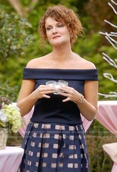 Evelyn's navy off-shoulder top and windowpane skirt on Devious Maids.  Outfit Details: https://wornontv.net/59090/ #DeviousMaids