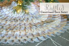 This Ruffled Christmas Tree Skirt will be a show stopper in your Christmas decor. Choose a no sew version or a sewed version, the choice is yours.