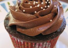Κρέμα ζαχαροπλαστικής σοκολάτα Cookbook Recipes, Cooking Recipes, Greek Cake, Pastry Cake, Oatmeal Cookies, Candy Recipes, Royal Icing, How To Make Cake, Food Hacks