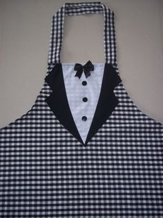 really must try this Cute Aprons, Aprons For Men, Retro Apron Patterns, Sewing Patterns, Sewing Hacks, Sewing Crafts, Sewing Projects, Childrens Aprons, Apron Designs