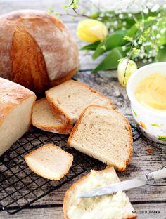 Smaczna Pyza: Łatwy chleb pszenny na drożdżach Home Bakery Business, Bread Rolls, Cornbread, Camembert Cheese, Banana Bread, Grilling, Baking, Ethnic Recipes, Foods