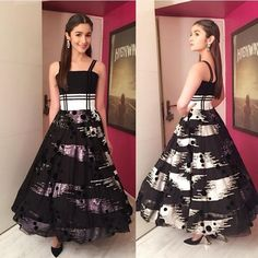 Alia Bhatt | Bollywood Celebs Looked Ridiculously Hot At The Filmfare Glamour And Style Awards
