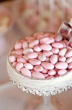 #pink#jordan almonds#wedding reception