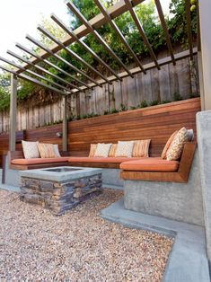 Backyard ideas, create your unique awesome backyard landscaping diy inexpensive on a budget patio - Small backyard ideas for small yards Fire Pit Seating, Backyard Seating, Backyard Pergola, Fire Pit Backyard, Backyard Landscaping, Pergola Ideas, Landscaping Ideas, Patio Ideas, Cozy Backyard