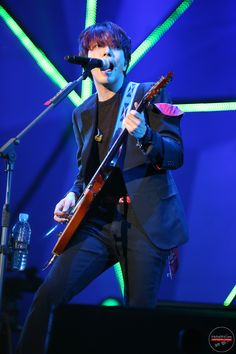 Jung Yong Hwa CNBLUE Can't Stop Live in Seoul 140419