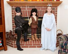 The Princess Bride themed sibling Halloween costumes