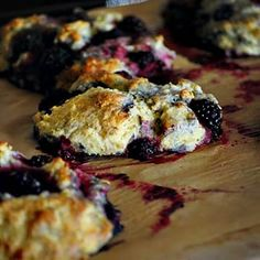 Need a Monday morning/afternoon/evening pick-me-up? Try these deliciously simple Stahlbush Marion Blackberry Scones. Fruit Recipes, Dessert Recipes, Dessert Ideas, Desserts, Lavender Scones, Marionberry, Berry Muffins, Good Pie, English Food