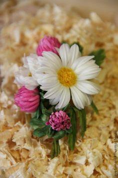 """""""АПРЕЛЬ"""".Бутоньерка из шелка. - брошь,брошь-цветок,бутоньерка,цветы ручной работы"""