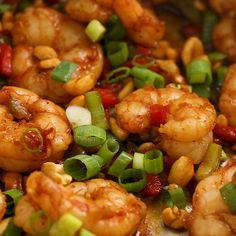 Easy Kung Pao Shrimp Super easy King Pao Shrimp that's just as good as takeout. Healthy, fast, and delicious! Just 265 calories . Shrimp Recipes For Dinner, Shrimp Recipes Easy, Fish Recipes, Seafood Recipes, Asian Recipes, Shrimp Meals, Healthy Chinese Recipes, Vegetarian Recipes, Cooking Recipes