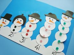 letters and numbers made of snowmen Winter Activities For Kids, Winter Crafts For Kids, Winter Kids, Art For Kids, Preschool Christmas, Christmas Activities, Snowman Crafts, Holiday Crafts, Toddler Crafts