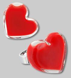 Coeur avec les doigts par Pylones !