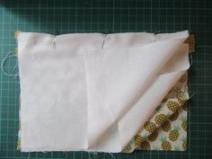 DIY Couture : apprenez à coudre une pochette avec une fermeture éclair Diy Couture, Easy Sewing Projects, Coupons, Tutorial Sewing, Sewing Tips, Sewing Lessons, Coupon