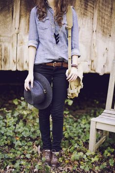 Chambray + skinny jeans + oxfords