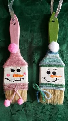 ideas for funny christmas ornaments diy kids crafts Funny Christmas Ornaments, Christmas Tree Themes, Christmas Crafts For Kids, Christmas Art, Christmas Projects, Holiday Crafts, Holiday Decor, Theme Noel, Garden Ornaments