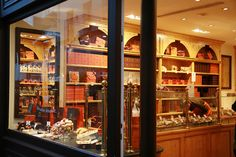 pinner: In Paris, chocolate shops are as many as cafes in any western countries Haute Chocolate, Chocolate Line, Chocolate Stores, Chocolate World, I Love Chocolate, Decadent Chocolate, Old Fashioned Candy, Paris Food, Artisan Chocolate