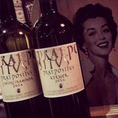 Dalla nostra cantina due bianchi eleganti e profumati. Il Kerner, un vino emozionante dai profumi agrumati, ideali da accompagnare ai nostri antipasti di crudo e il Traminer, il bianco aromatico per eccellenza, ideale per piatti più importanti come i nostri paccheri di Gragnano con cubetti di tonno al timo e crema di burrata.  Provali questa sera. Prenota al numero 02-49781425 www.gliortidelbelvedere.it Wine, Drinks, Bottle, Cream, Drinking, Beverages, Flask, Drink, Jars