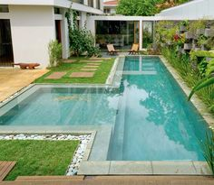 garden Design Pool - 109 Garden design pictures and rules for a beautiful outdoor area Swiming Pool, Small Swimming Pools, Small Pools, Swimming Pools Backyard, Swimming Pool Designs, Pool Landscaping, Lap Pools, Backyard Pool Designs, Small Backyard Pools