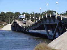 Puente Punta del Este
