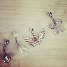 belly button rings for my piercing ; Et Tattoo, Tattoo Und Piercing, Piercing Ring, Body Piercing, Bellybutton Piercings, Cool Piercings, Tongue Piercings, Cartilage Piercings, Belly Button Jewelry