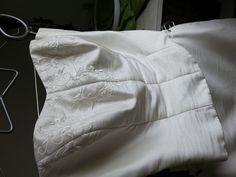 Robe de mariée Charline de chez Carrière avec boléro et jupon
