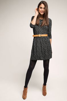 Esprit – Jersey Kleid mit Minimal-Print im Online Shop kaufen Esprit – Jersey dress with minimal print in the online shop Mode Outfits, Casual Outfits, Fashion Outfits, How To Wear Belts, Cute Outfits For School, School Wear, Vestidos Vintage, Looks Vintage, Dresses With Leggings