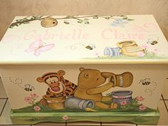 winnie the pooh toy chest with child's name on them - Bing images Diy Baby Gifts, Baby Girl Gifts, Baby Crafts, Baby Boy, Painted Toy Chest, Painted Boxes, Hand Painted, Painting Kids Furniture, Painting For Kids