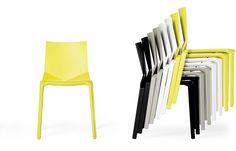 34 fantastiche immagini su plastic chairs chairs plastic chairs e