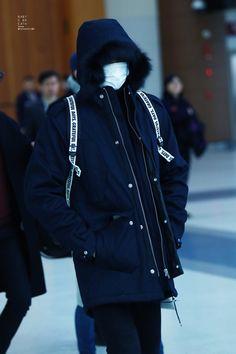 Gimpo Airport to Beijing 151231 : Sehun (3/3)
