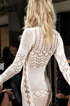 Crochet  Wish I was younger!!   Want to wear this.