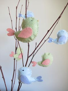 Bird Favor Tree for my little one's whimsical forest themed first birthday party! Bird Theme Parties, Bird Birthday Parties, Bird Party, 1st Boy Birthday, Flower Birthday, Birthday Shirts, Birthday Ideas, Baby Shower, Felt Crafts