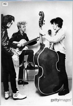 Slim Jim PHANTOM and Brian SETZER and Lee ROCKER sporting the Teddy-Boy quiff.