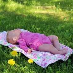 Life is so much easier when you just chill out! Picnic Blanket, Outdoor Blanket, Changing Mat, Baby Newborn, Chill, Bamboo, Relax, Mood, Easy