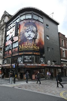 Queen's Theatre London: Les Miserables is playing 2012 (London)