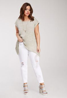 6486adeb35c curvy minimalist - Google Search Minimalist Wardrobe