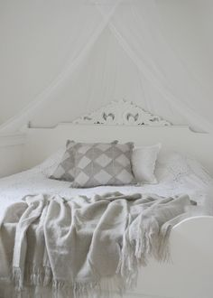 Luxury Bedding Sets On Sale King Bedding Sets, Luxury Bedding Sets, Natural Bedding, Bed Sets, Cozy Bed, Luxurious Bedrooms, Bed And Breakfast, King Size, Sweet Home
